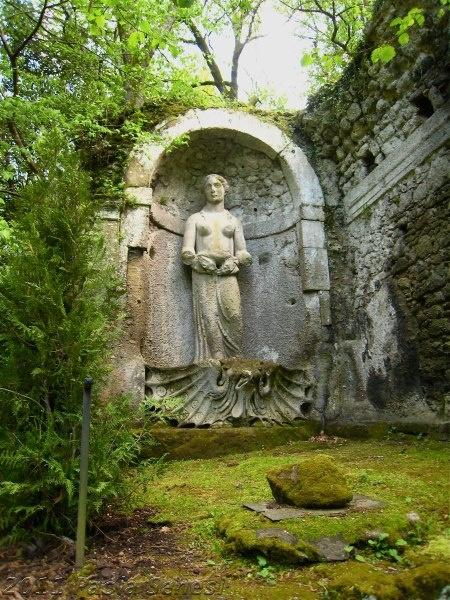 50 best Im Garten von Bomarzo images on Pinterest | Garten, Italy ...