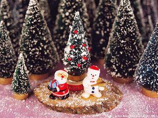 Santa-Claus-and-Snowman-800-103938