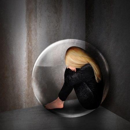 Le MP3 – réduire l'anxiété, vaincre la claustrophobie par l'hypnose, par un processus tout en détente axé sur le renforcement de vos sentiments de sécurité et de calme, et l'élimination virtuelle des sources de votre claustrophobie, vous atténuerez considérablement votre peur intense des espaces clos, restreints et éloignés des lieux qui vous semblent actuellement sûrs.