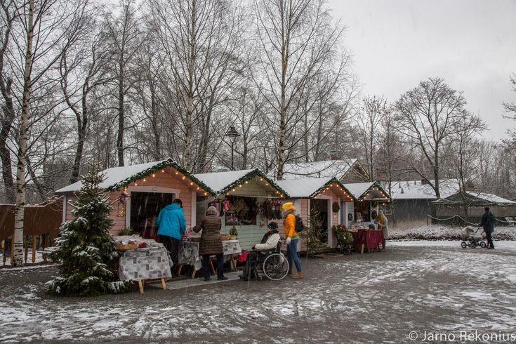 https://flic.kr/s/aHskoAwVx2 | Stable Yards Christmas opening