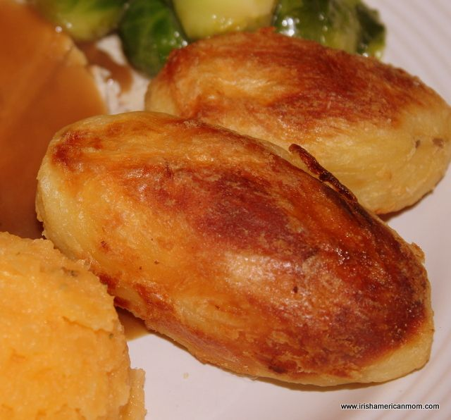 Roast Potatoes Irish or English Style - perfect for Thanksgiving turkey dinner.