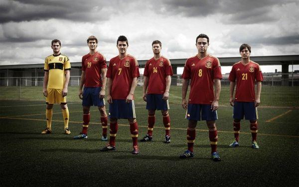 Spain National Soccer Team | spain national football team iker casillas david villa xavi hernandez ...
