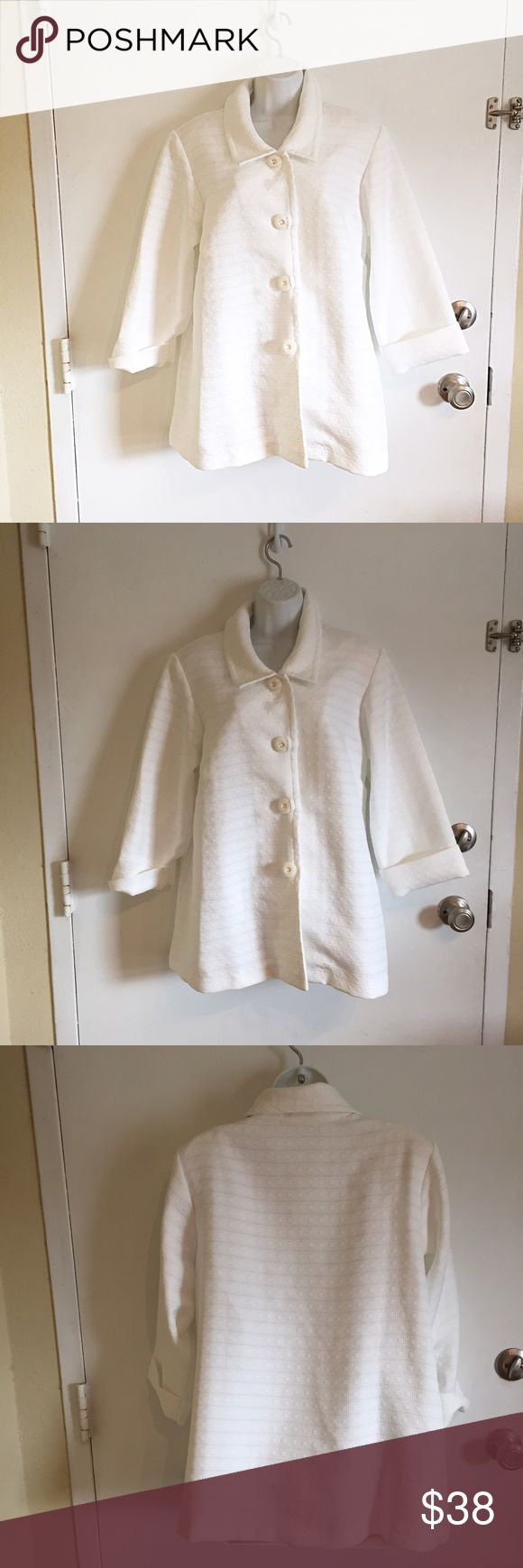 NWT Simonton Says White Button Up Coat New with tags Simonton Says from QVC lightweight white button up coat. Has a cool square textured pattern. Size large #new #nwt #simontonsays #qvc #white #textured #large #buttonup #coat #jacket #punkydoodle  No modeling Smoke and pet free home I do discount bundles Simonton Says Jackets & Coats