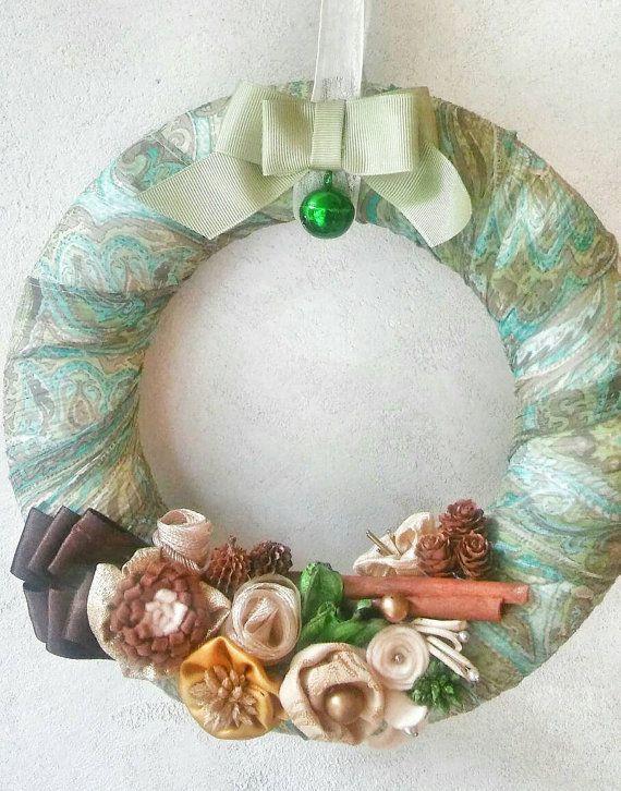 Guarda questo articolo nel mio negozio Etsy https://www.etsy.com/it/listing/489877563/ghirlanda-natale-verde-christmas-wreath