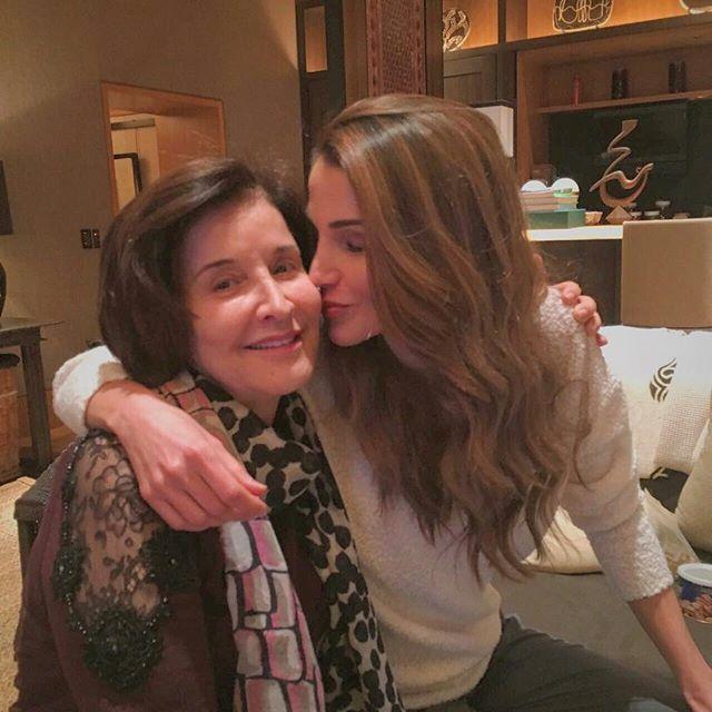 Queen Rania Al Abdullah @queenrania إلى أمي الحبيبة- ...Instagram photo | Websta (Webstagram)