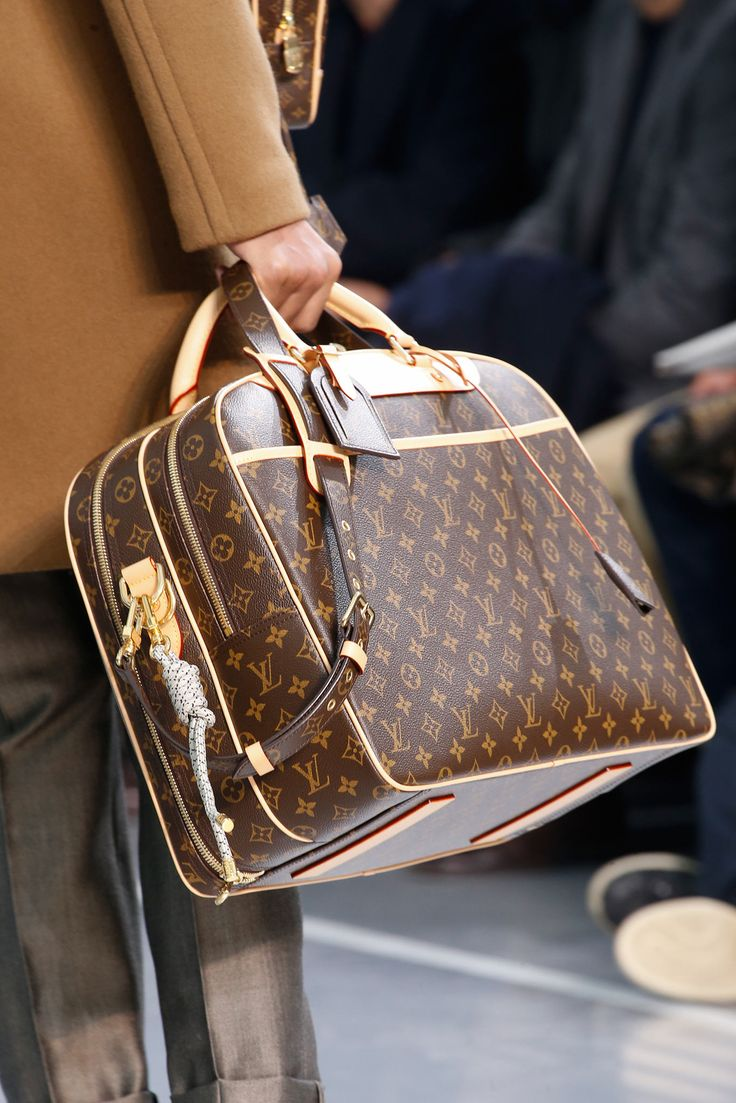 best sacs hommes images on pinterest guy fashion louis vuitton