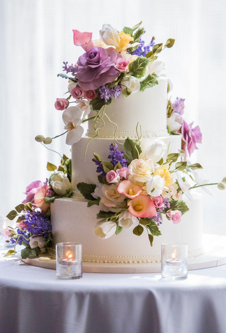 wedding cake idea; photo: A GUY + A GIRL PHOTOGRAPHY