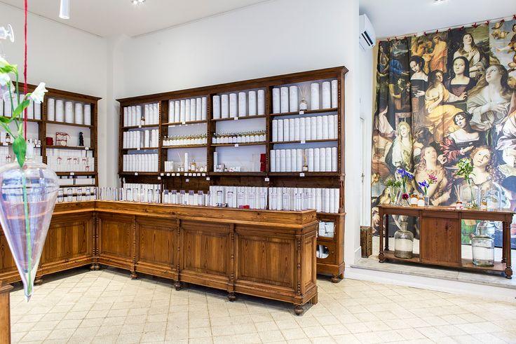Laura Tonatto and her holy fragrances http://www.thepiccachillyparlour.com/tpp/laura-tonatto-holy-fragrances/ #holy #fragrances #perfumes #Pope #Jubilee #Rome #Italian #perfumer #LauraBosettiTonatto #fragrances #Bible #AlessandraAndreocci #collection #Incense #Churches #Nard #MaryMagdalen #Mystic #Rose #boutique #EssenzialmenteLaura #senses #oils #Smell #spiritual #MichelaDiCarlo #ThePiccachillyParlour