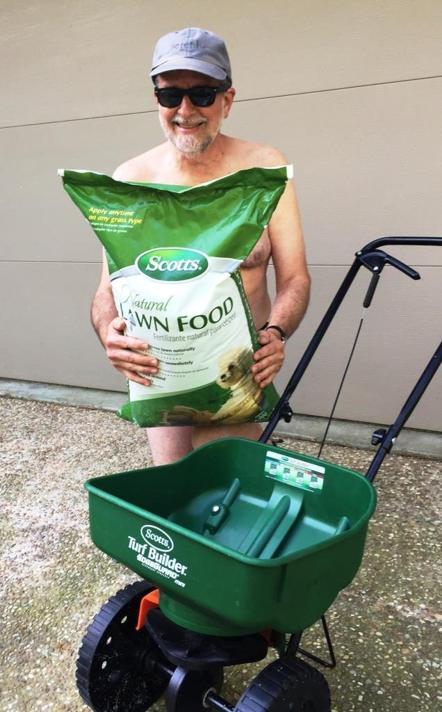 Feeding With Scotts Natural Lawn Food Is A Great Choice For World Gardening Day Or Any That Matter 13th Annual
