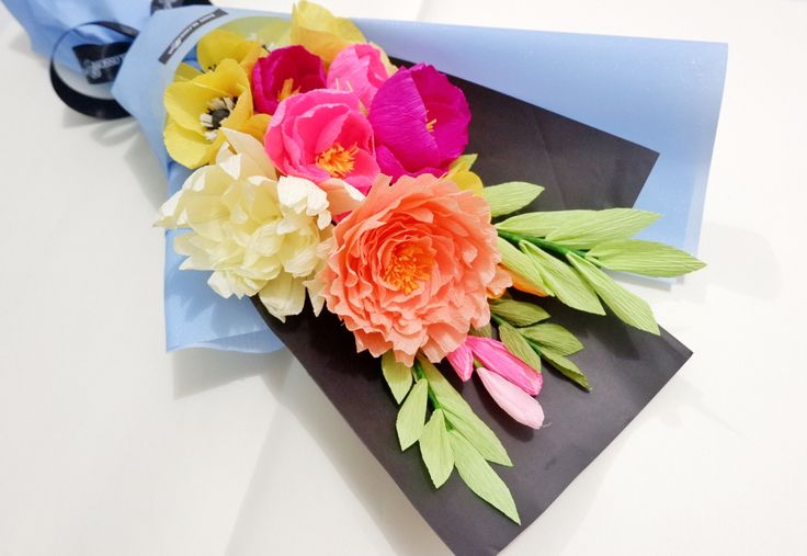 Mix flowerby Baby Blossom Instagram @bungakertas_jakarta Personal IG @sheilasicilia #crepepaperflower #italiancrepe