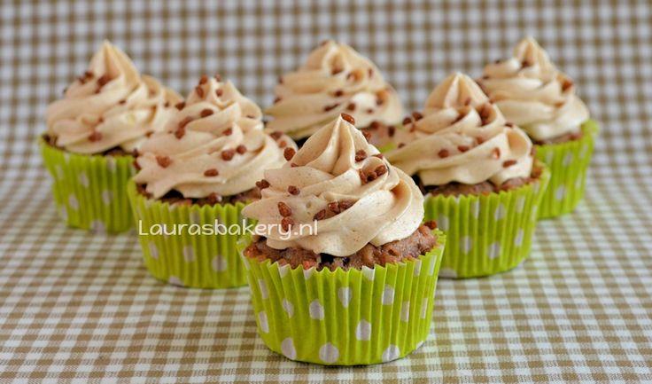 Basisrecept vanille botercrème - Laura's Bakery
