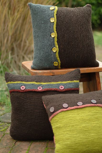 Ravelry: Circle  Stripes Pillow Trilogy pattern by Leigh Radford