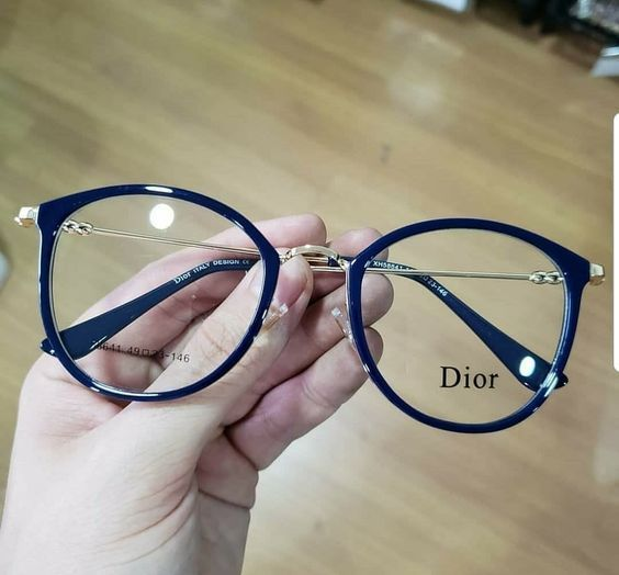 8cc044ea8 Armação óculos de grau preta Dior www.comestilounic - Dior Eyeglasses -  Trending Dior Eyeglasses. #dior #eyeglasses #dioreyeglasses - Armação  óculos de grau ...