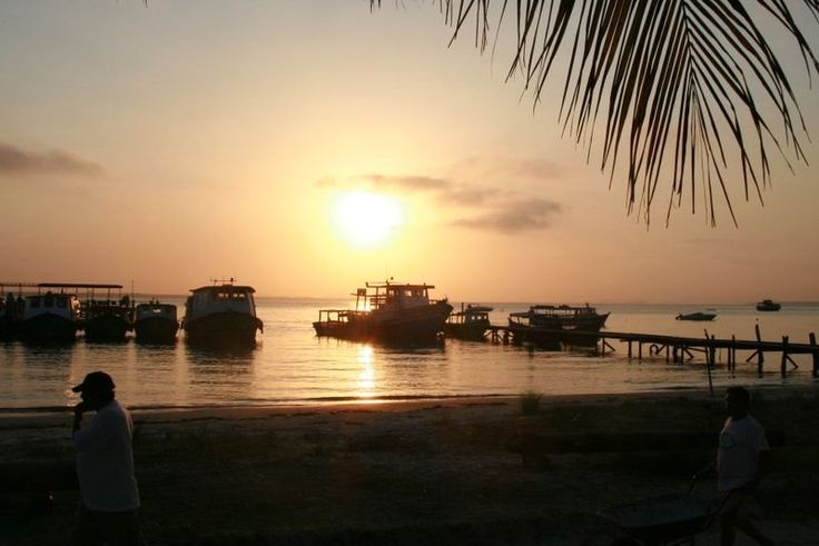 Encantadas - Ilha do Mel (Paranaguá/PR)  Foto; Jonathan Seronato
