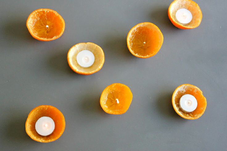 This is the best tutorial on these Orange peel candles out there .  delia creates: Orange Peel Candles