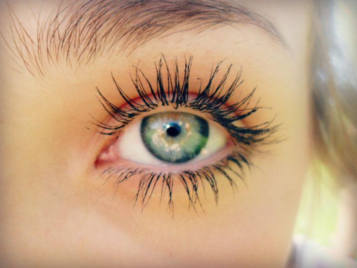 i'll have her eyelashes please: Long Eyelashes, Eye Lashes, Makeup, Beauty, Green Eye, Beautiful Eye, Long Lashes, Eyes