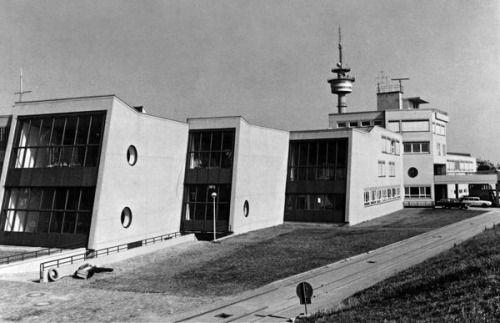 Deutsches Schiffahrtsmuseum/German Shipping Museum (1969-75) in Bremerhaven, Germany, by Hans Scharoun