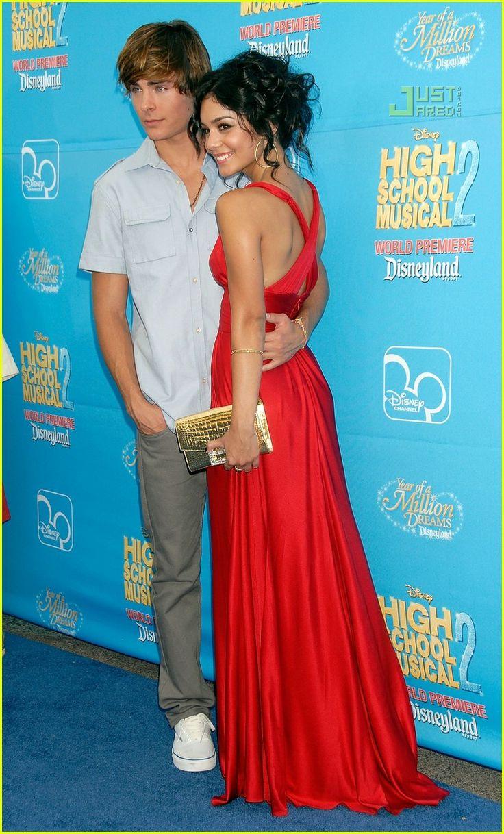 Zac Efron & Vanessa Hudgens (High School Musical 2 Premiere)