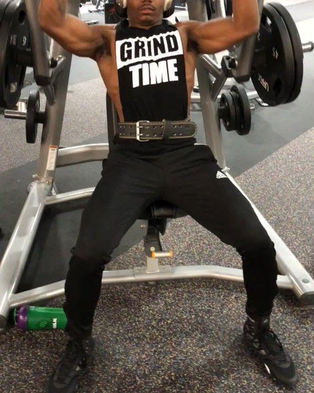 BOLDER SHOULDERS WITH THE BROTHER ERIC @eric_dkt35  ________________________________ #fitness #fit #fitnessmotivation #dedication #motivation #motivated #grind #athlete #beastmode #beast #aesthetic #bodybuilder #ripped #core #gainz #body #black #blackmen #instagood #austin #texas #like4like #likeforlike #gymfreak #power #insane #determination #mindset #strength