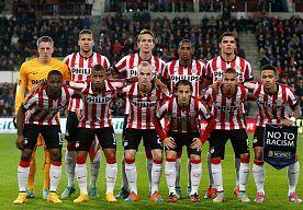 22-Apr-2015 14:27 - 'PHILIPS IS TE GROOT GEWORDEN VOOR PSV'. Een PSV-shirt zonder de naam Philips is haast onvoorstelbaar. Toch is het volgens marketeer Bob van Oosterhout voor beide partijen een prima zaak.