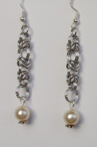 Kolczyki chainmaille perełka w Made by Joanna G na DaWanda.com