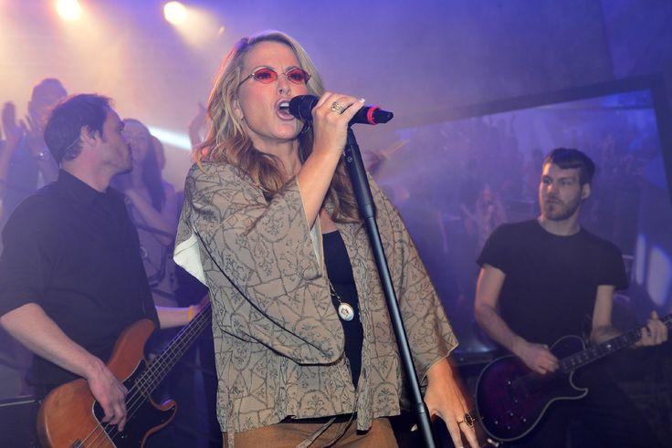 #GZSZ #Vorschau 6 Wochen: #Anastacia singt im #Mauerwerk  #GuteZeitenSchlechteZeiten #RTL  - STARSonTV