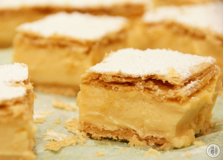 This was divine. A delicious gluten free Vanilla slice with Fabulous Flaky pastry.