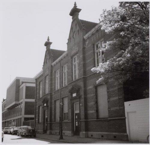 Mijn kleuterschool op de Muidergracht