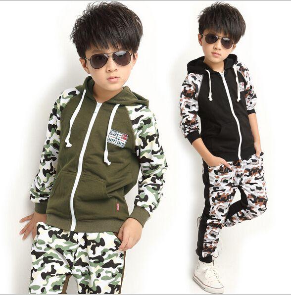Nuevo 2015 ropa de los niños conjuntos niños muchacho de la ropa coreana camuflaje conjunto divierte los juegos , Tops + Pants 2 piezas traje(China (Mainland))