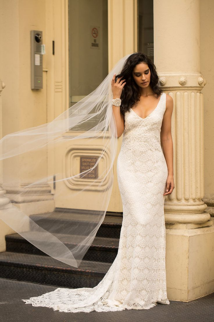 Anna Campbell wedding dress | Saasha