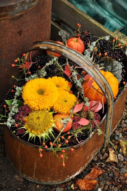 Beautiful fall arrangement fall decor pinterest fall for Autumn flower decoration