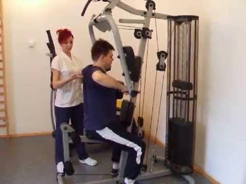 Rezervă-ți 30 de secunde pentru a vedea cum se efectuează corect un exercițiu recomandat pentru tulburări de statică vertebrală, cifoscolioză.