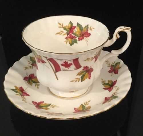 Royal-Albert-Canada-034-From-Sea-to-Sea-034-Cup-and-Saucer-Set
