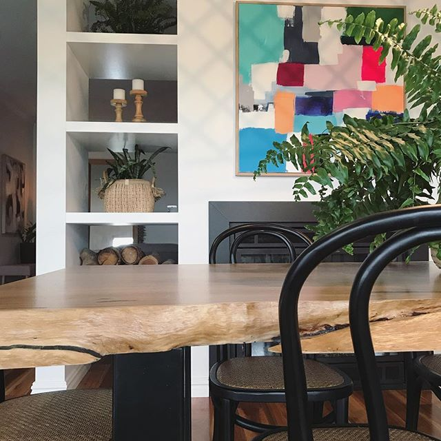 live edge, natural edge dining table