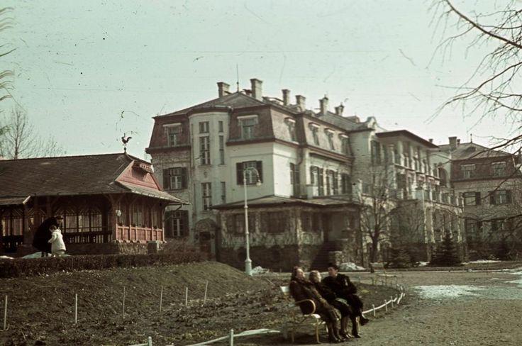 Székesfővárosi tisztviselők üdülőtelepe (később Honvéd üdülő).
