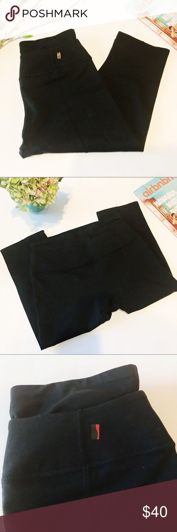 Spanx | Athletic Capri Leggings Your favorite Spanx are now leggings! Slimming capri style. Extra waistband. Most comfortable leggings you'll ever have. Very slight pilling on seat. Great condition. Smoke free, pet free home! SPANX Pants Leggings