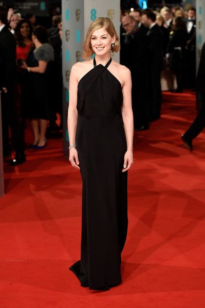Rosamund Pike Photos - Actress Rosamund Pike attends the EE British Academy Film Awards at The Royal Opera House on February 8, 2015 in London, England. - EE British Academy Film Awards 2015 - Red Carpet Arrivals