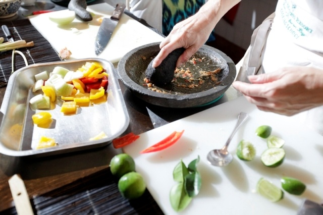 For you Milestone celebration holiday, book a group cooking class and measure culinary skills with your friends.
