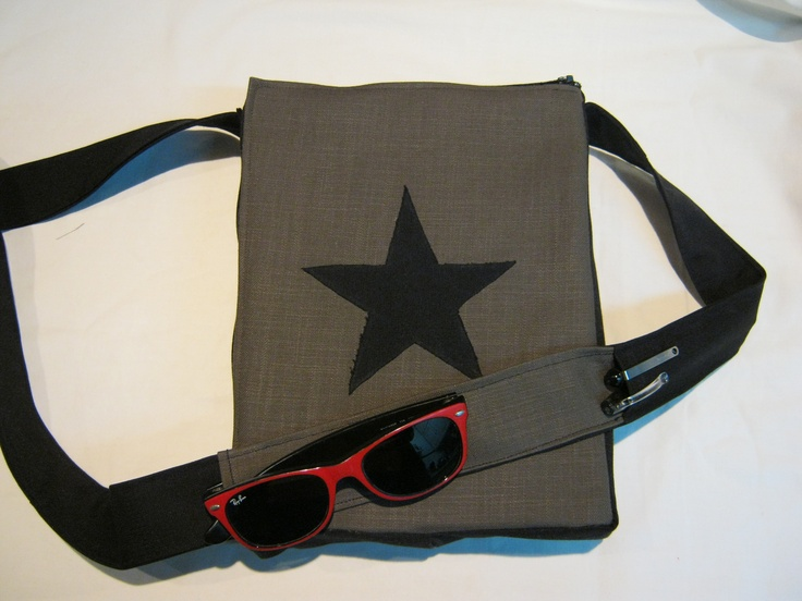 "Handmade messenger bag for men, women, boys cotton canvas VSbagzzz ""Revolution Star"""