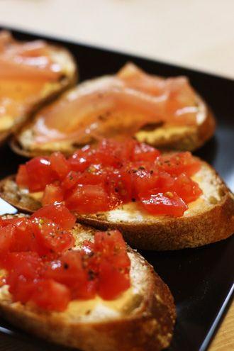 生ハムとトマトのタルティーヌ | 美肌レシピ