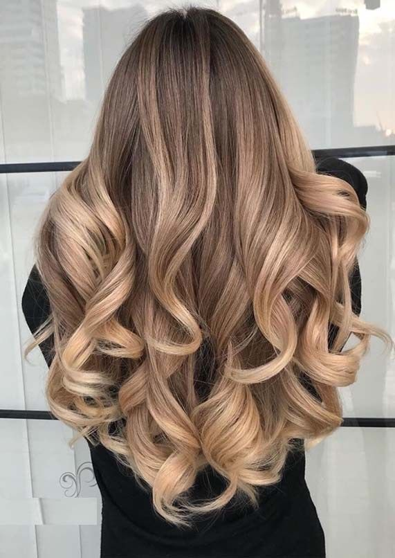 Dimensional Blond Balayage Highlights for Year 2019