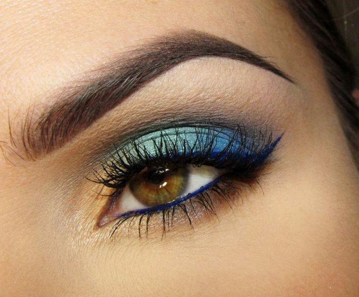 idées maquillage des yeux - ombre à paupières en jaune, vert menthe et bleu foncé