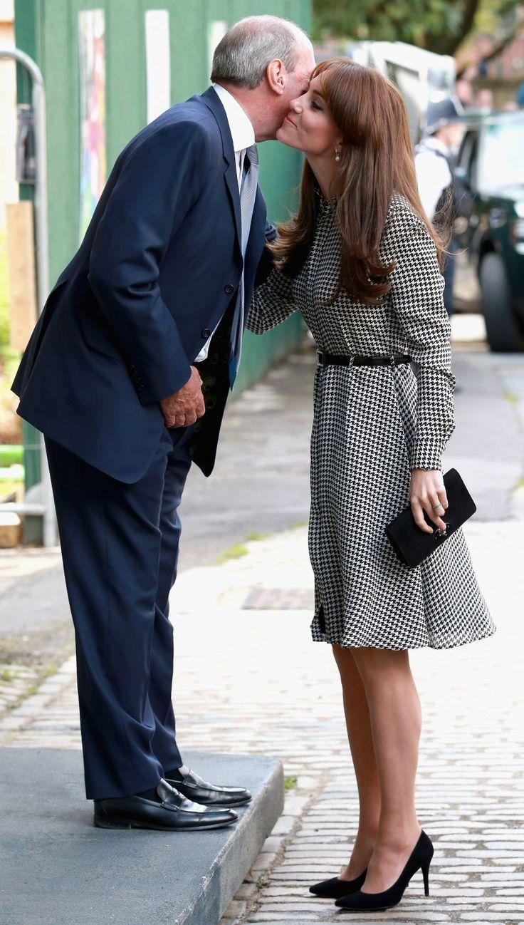 EN IMAGES. Kate Middleton très chic pour son retour à la vie publique