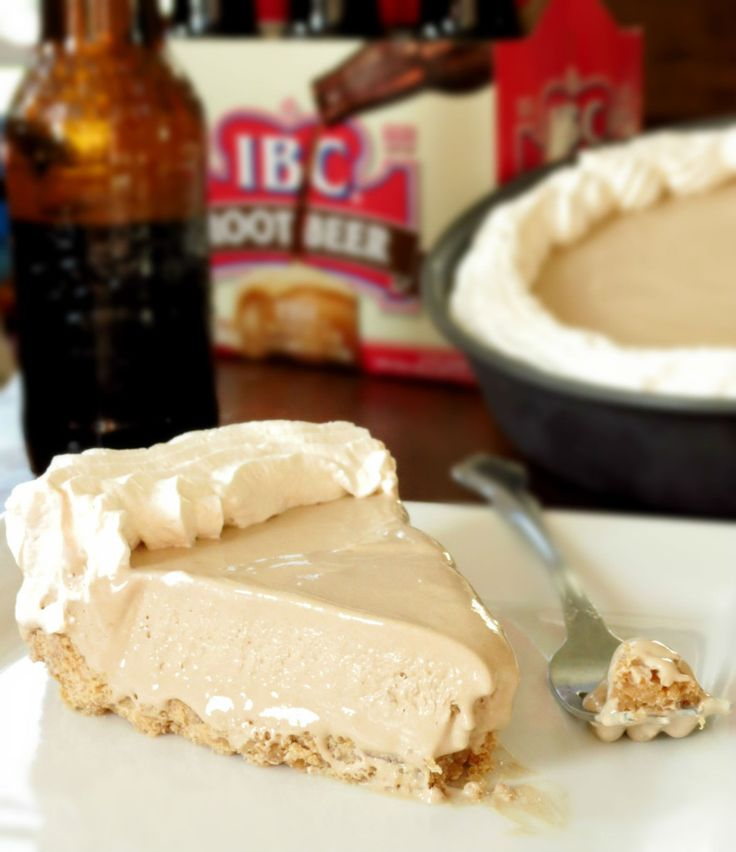 Root Beer Float Pie. Everything that is amazing about a root beer float in pie form! With a creamy root beer filling and a vanilla-y golden oreo crust, this pie is just perfect!