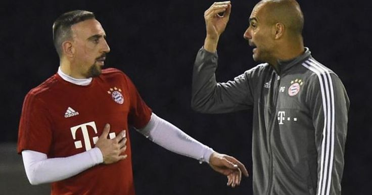 Guardiola Bantah Kabar Ketegangan Di Ruang Ganti Bayern -  http://www.football5star.com/liga-jerman/guardiola-bantah-kabar-ketegangan-di-ruang-ganti-bayern/