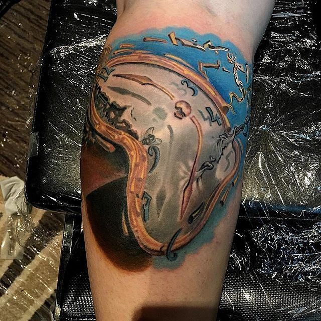 : @timothyboor Timothy Boor  Finished this up @hell_city 90% healed and 4 yrs old @bohemiantattooclub #bohemiantattooclub @fkirons #fkirons #spektradirekt2 @fusion_ink #fusionink @h2oceanproteam #h2ocean @painfulpleasures #painfulpleasures @peakneedles #peakneedles  @sullenclothing #sullenartcollective @pro-t-ink #protink #sponsored
