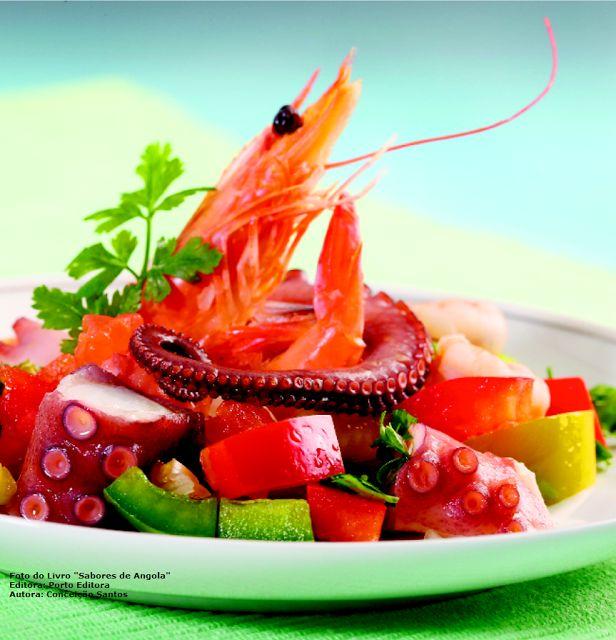 Sabores de África: Salada de polvo com camarão/Octopus salad with shr...