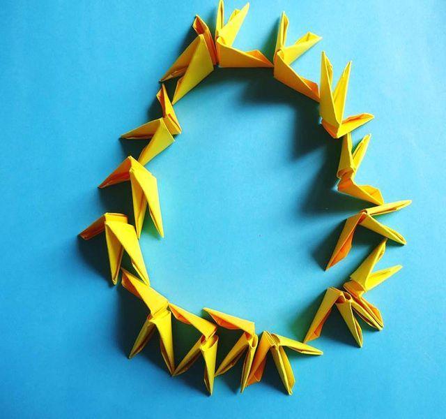 Cómo doblar triángulos (piezas básicas) para origami de 3D: Cómo formar las bases de las figuras redondas.