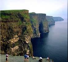 Moher in Ireland.:モハーの断崖
