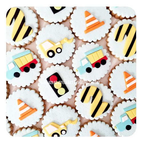 Vehicles & construction cookies